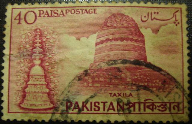 50-1024px-Stupa_in_Taxila_Pakistan